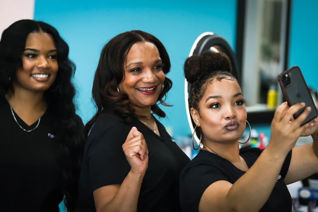 The Salon - Salon Lisa Brown